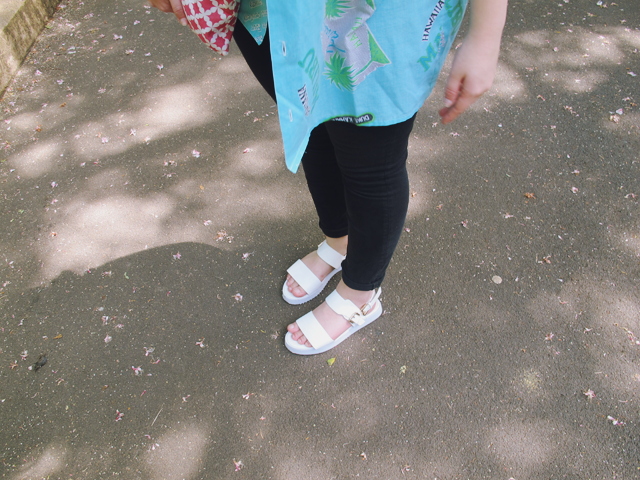 Topshop Jamie, Primark Sandals, Vintage Palm Trees, Ray Bans, Statement Necklace Louche