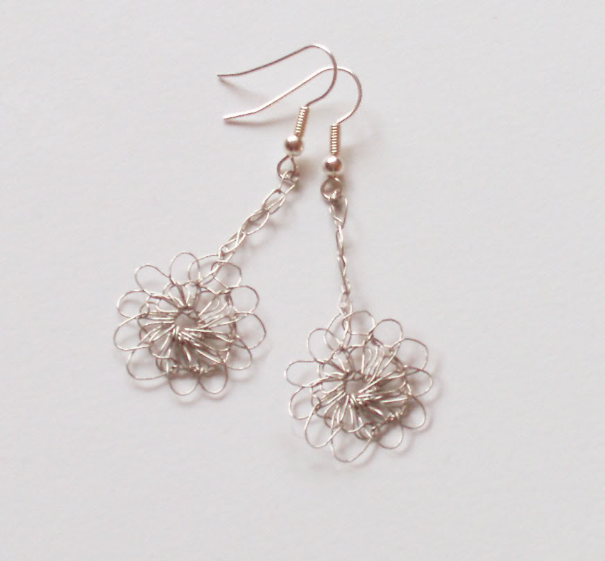 Easy Wire Crochet Earrings to Make - The Beading Gem\'s Journal