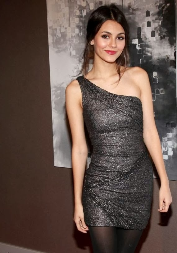 Victoria Justice Looks got the attention of the Month