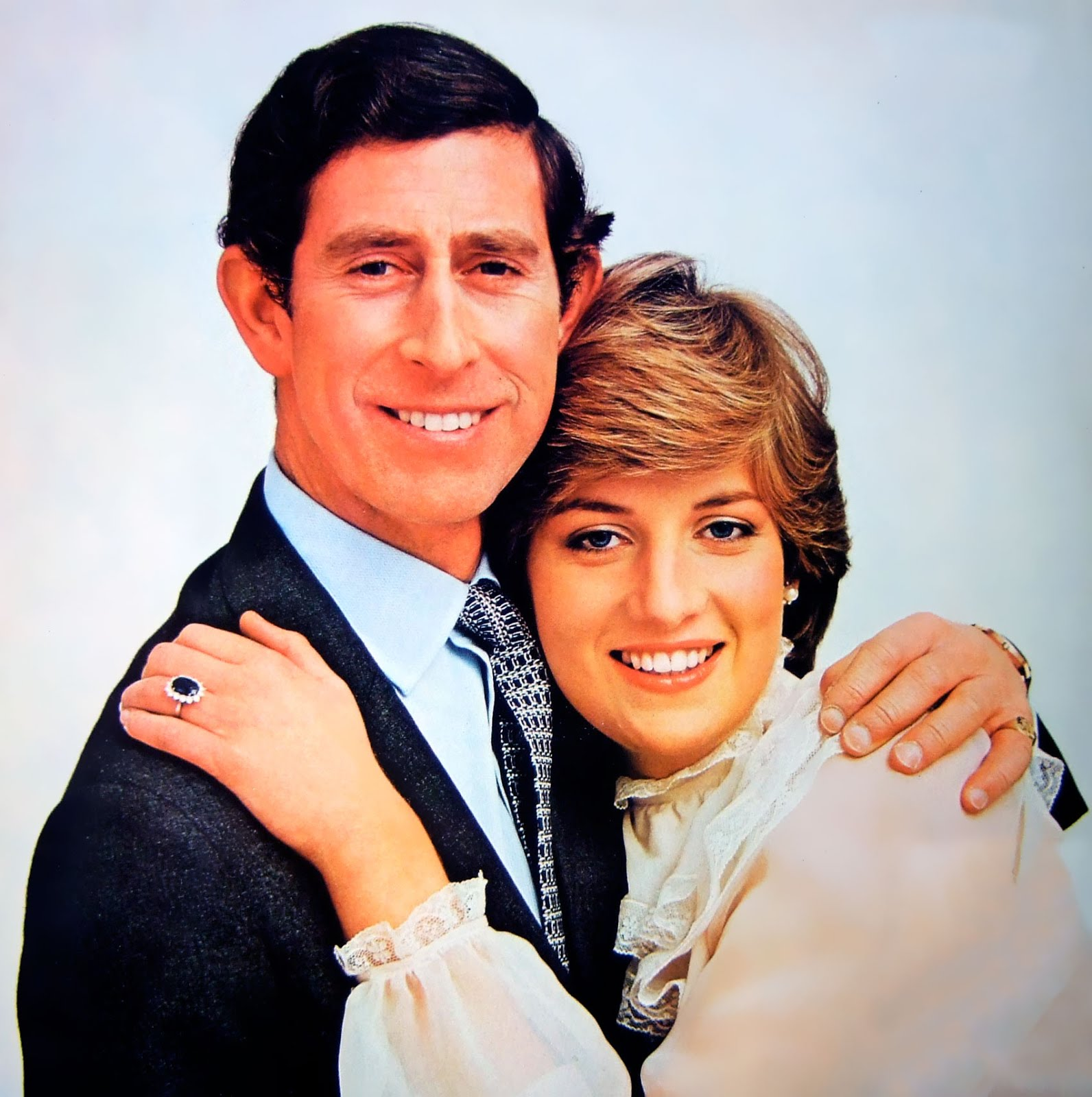 http://4.bp.blogspot.com/-9K0xmvSRaWk/UPZgSmS1NUI/AAAAAAAAU5c/B6NFFRb9F-s/s1600/Prince-Charles-and-Princess-Diana.jpg