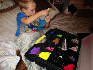What Fine Motor Skills and Learning with Rainbow Loom?