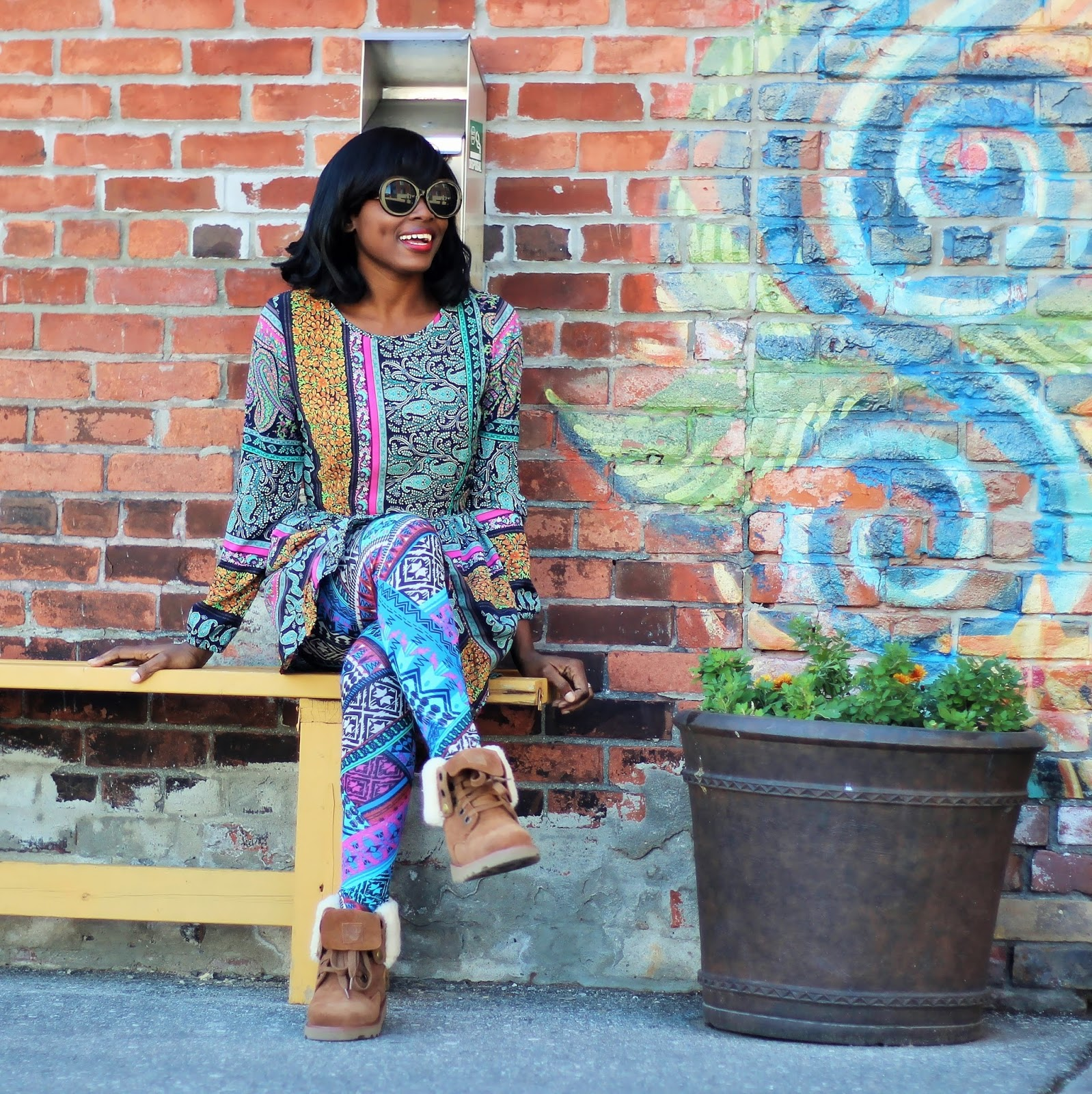 MY LAZY SUNDAY LOOK (Mixing Prints): Printed dress paired with printed leggings and a pair of fall/winter boots