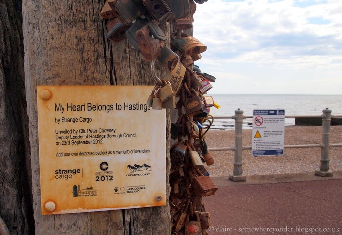 My Heart Belongs to Hastings, Love Locks