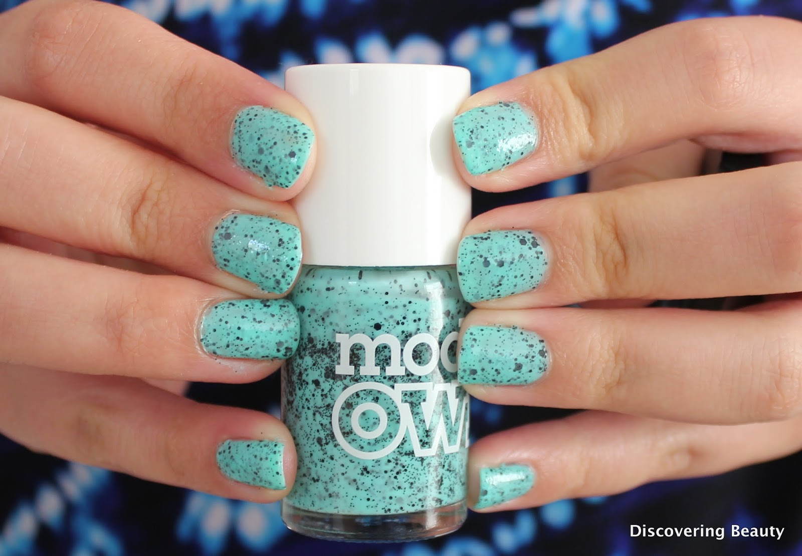 ModelsOwn speckled magpie