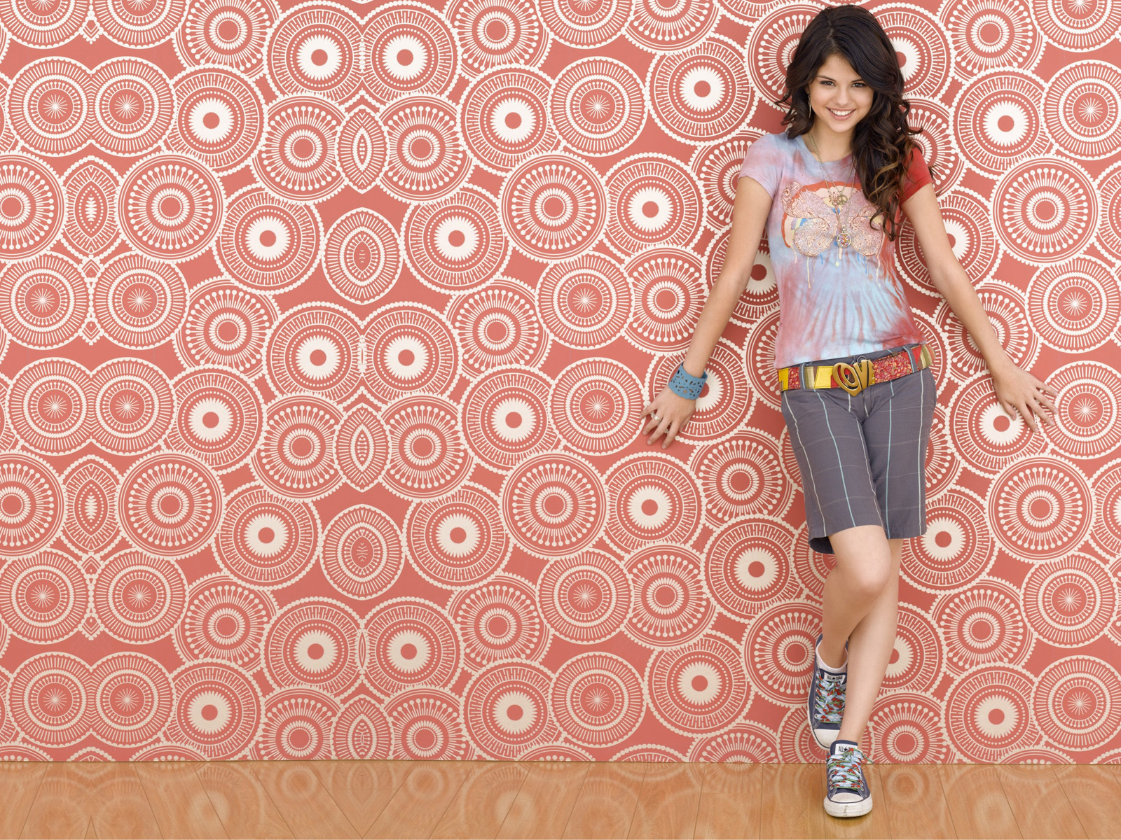 http://4.bp.blogspot.com/-9KSkEZ8KdpQ/UB-B-rqxGTI/AAAAAAAAA3o/0d9DCdpkLDQ/s1600/The-best-top-desktop-selena-gomez-wallpapers-selena-gomez-wallpaper-hd-1.jpg