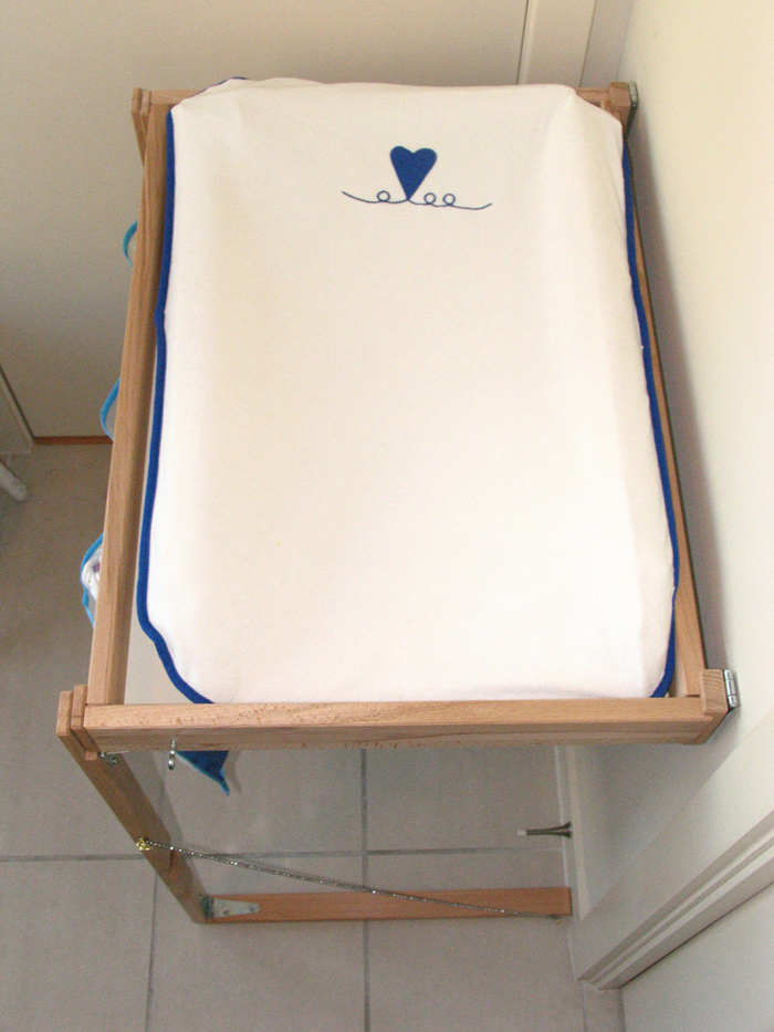 IKEA Hackers: Condo Perfect Baby Changing Table