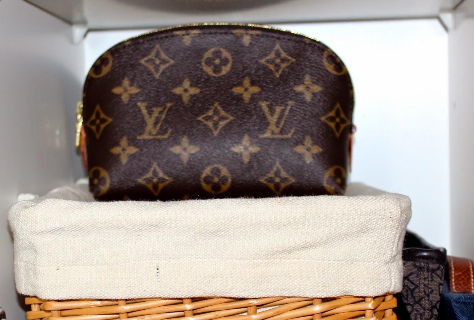 Have an Ice day   Nimikirjainten painatus Louis Vuitton tuotteisiin bfcbeb684d