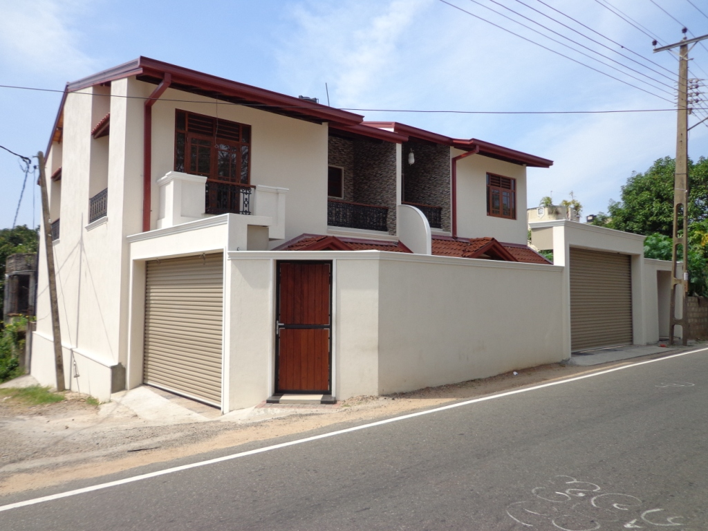 Properties in sri lanka 1047 brand new architect design for Latest architectural house designs