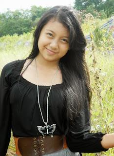 Ilustrasi Foto Cewek Manis Ghea Indriwari Jakarta
