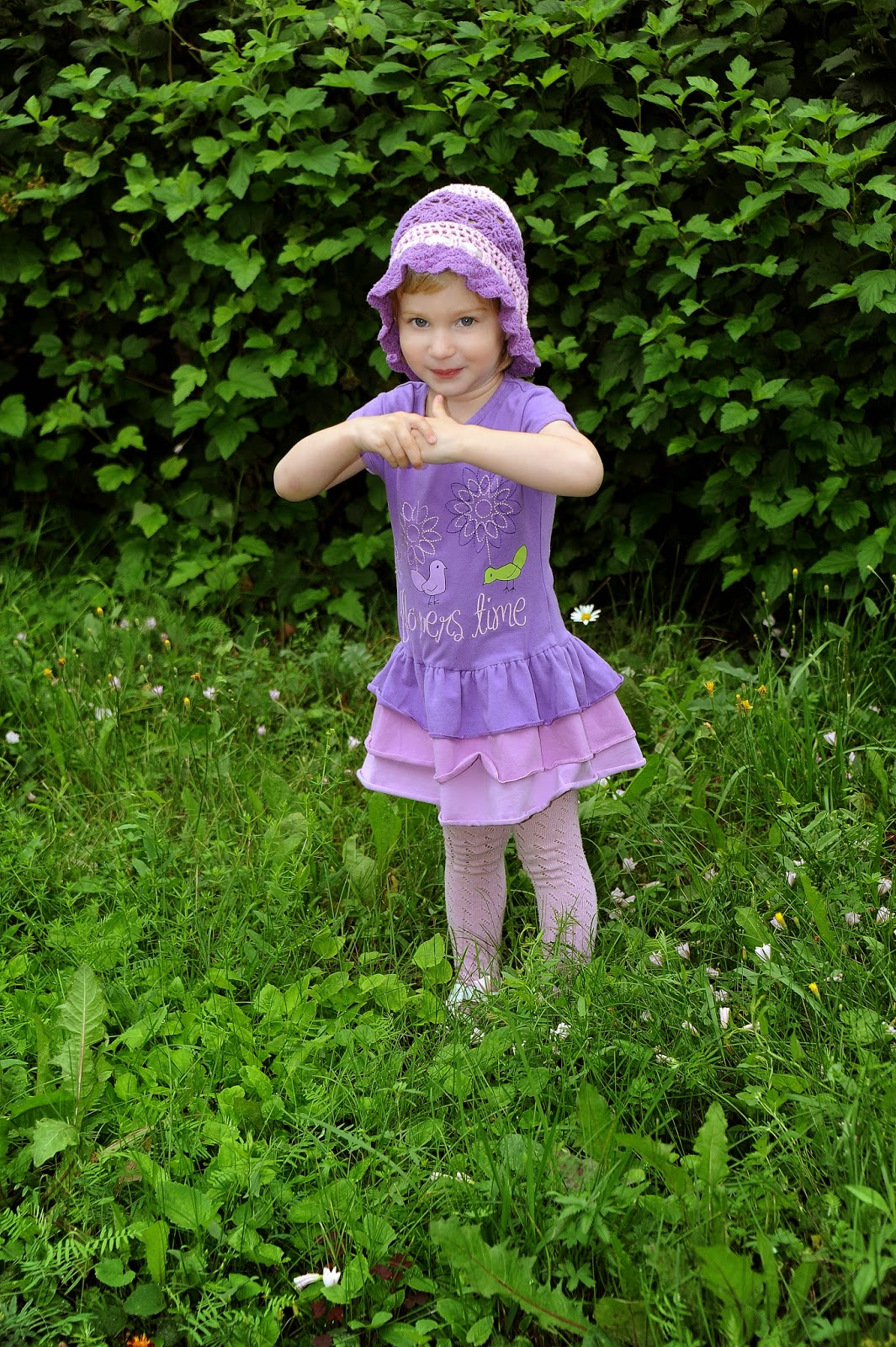 детское платье фиолетового цвета
