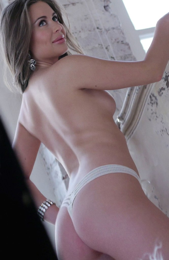 Юля михалкова голая фото