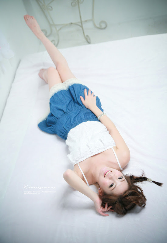 Chae Eun on the bed
