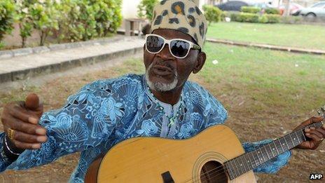 Fatai Rolling Dollar, Nigerian veteran musician, Dies at Age 86