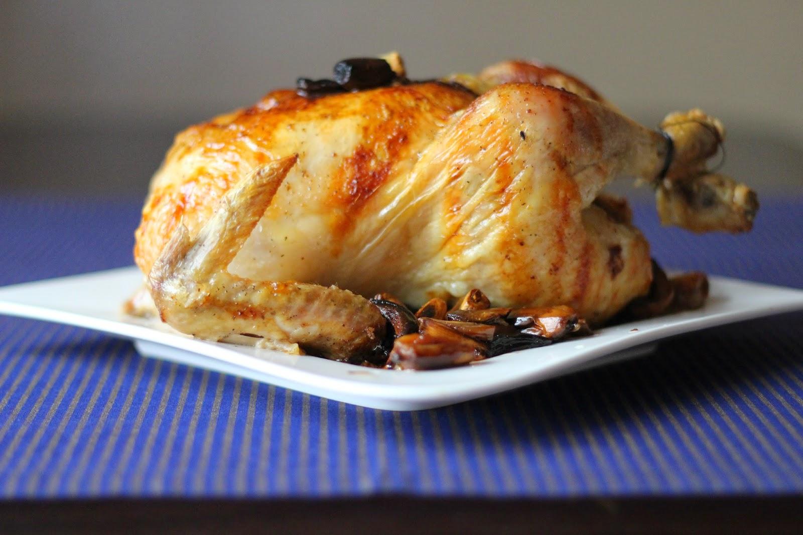 Kurczak pieczony z 40 ząbkami czosnku.