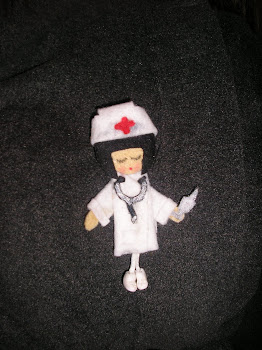 broche de la enfermerita