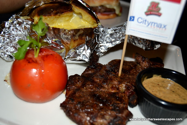 250g rib-eye steak at The Huddle Sports Bar And Grill in Citymax Hotel Burd Dubai