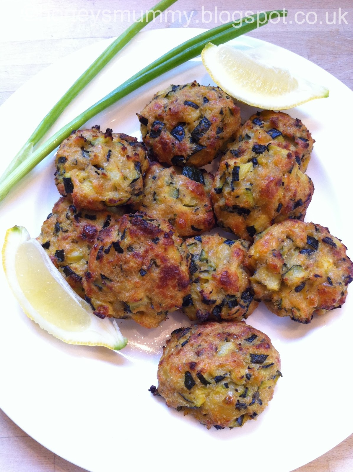 Honey and the dude recipe of the week courgette polpette this recipe is taken from my favourite baby food book of all time river cottage baby toddler cookbook review coming soon i love courgettes i think forumfinder Gallery