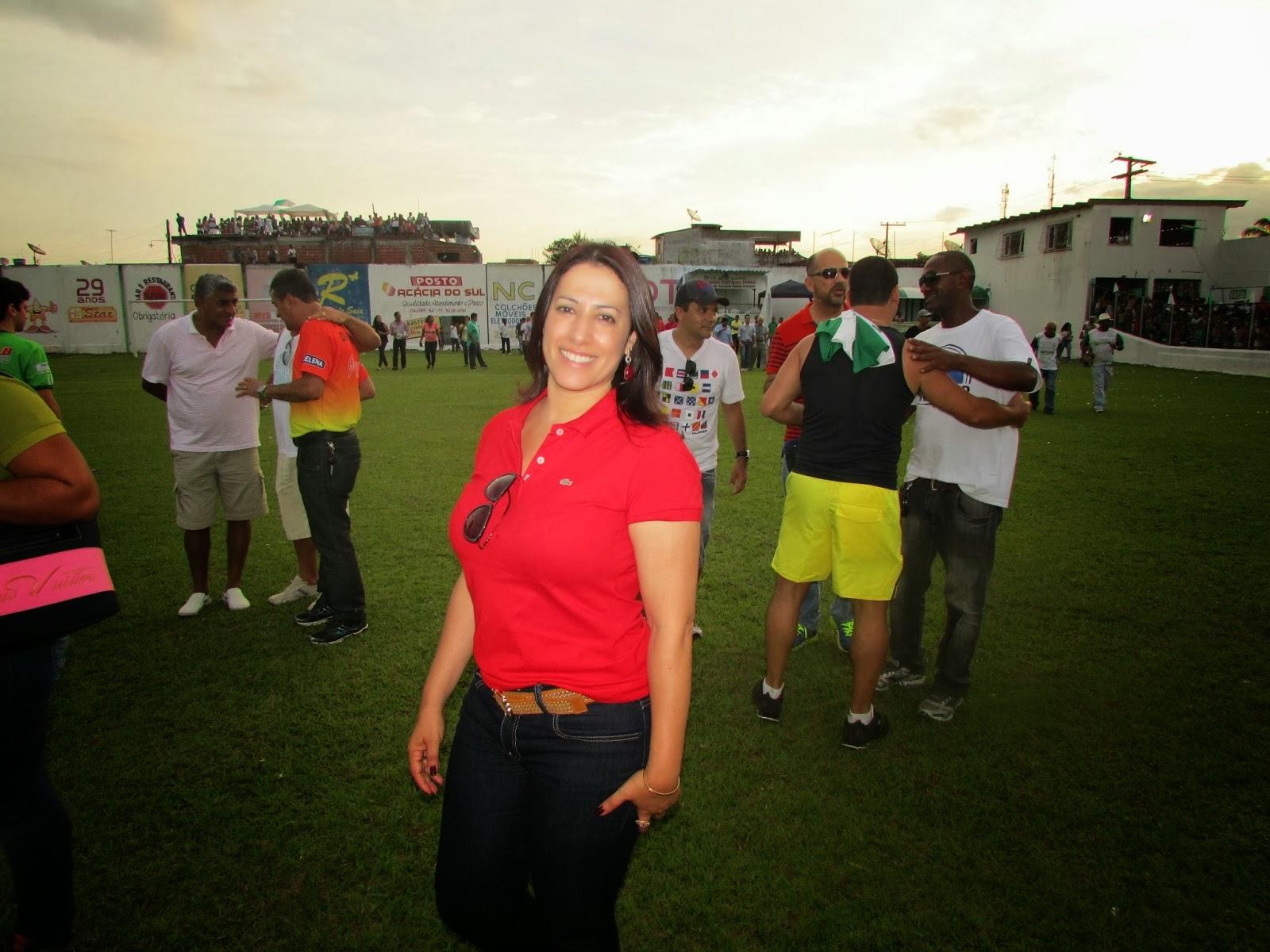 Prefeita de Porto-Seguro Claudia Oliveira Trabalhando por Toda População de Porto-Seguro.