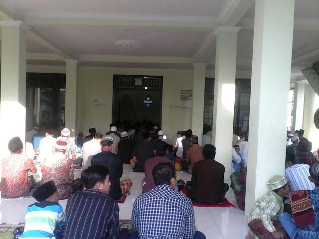 Pelaksanaan Sholat Idul Adha di Ngrejeng, dipusatkan di 2 Tempat