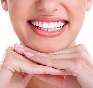 مواد طبيعية منزلية لعلاج أمراض و مشاكل الفم و اللثة