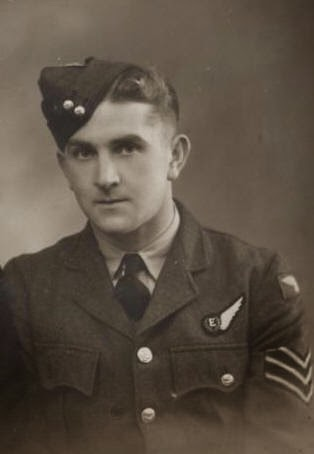 Bob Jay's War Vic's personal journey to learn about his Father who flew with 75(NZ) Squadron RAF