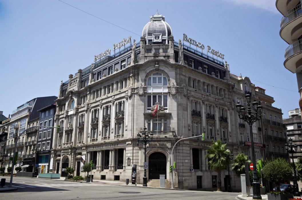 Arquitectura de vigo desde 1900 hasta la actualidad for Oficinas banco pastor vigo
