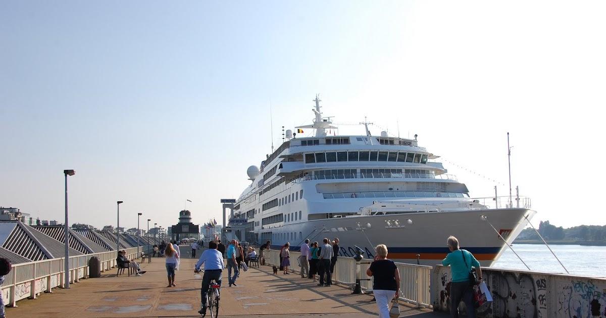 Cruiseschepen in antwerpen ms europa in antwerpen for H m antwerpen