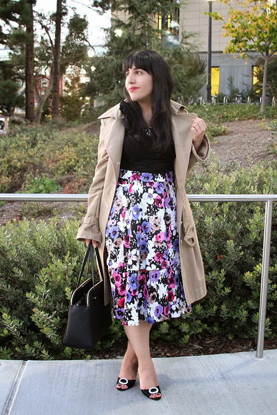 Classic Trench Coat and Floral Skirt Outfit