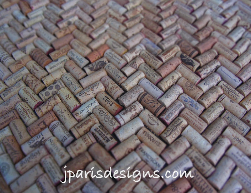 Wine oh j paris designs for Wine cork bar top