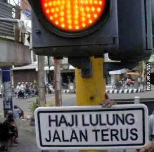 Meme Lampu Mereh Jalan terus Khusus Haji Lulung
