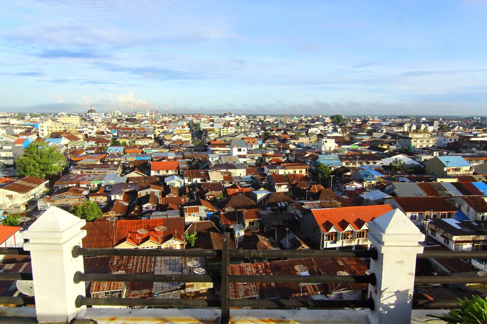 Kota Pontianak daripada pandangan atas hotel