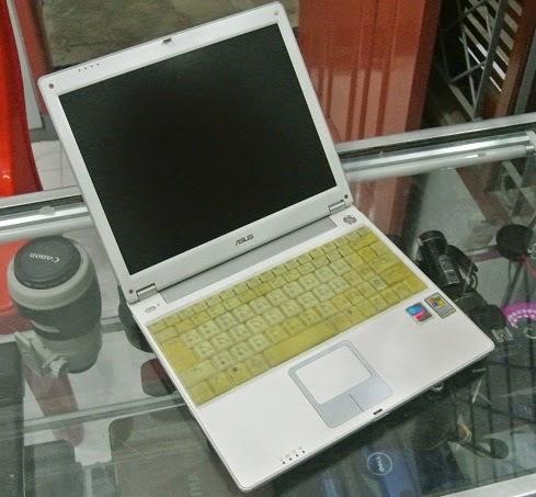 jual notebook bekas asus m5200