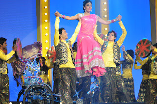 shriya stage dance at mirchi music ads(2).JPG
