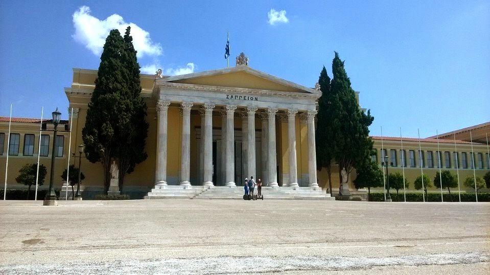 Vasile Stoica şi-a încheiat călătoria prin Europa după ce a fost jefuit în Grecia. Cladire