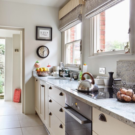 Cool chic style attitude house tours home victorian in for Traditional gray kitchen