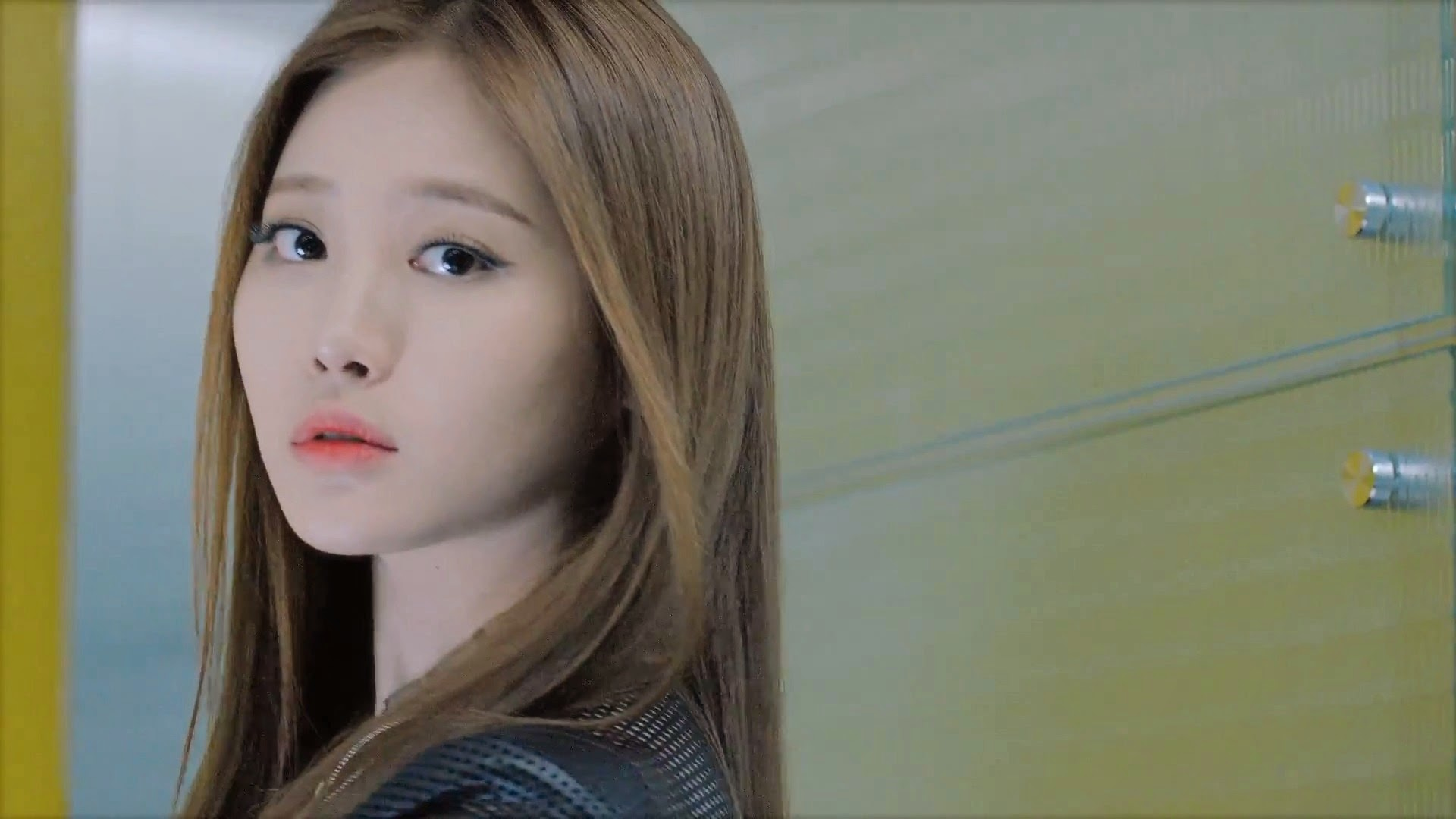 Girl's Day's Yura in Hello Bubble Teaser