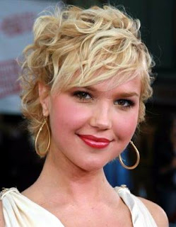 Arielle Kebbel hairstyles - Celebrity hairstyle ideas for Girls