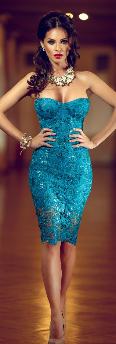 Robe cocktail courte turquoise