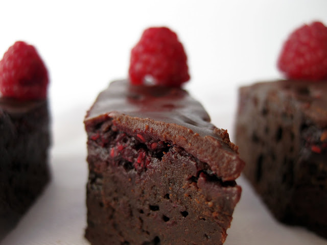 This delicious raspberry brownie recipe is one of the best you'll try.