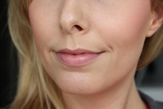 UNE Radiant Lips Balm