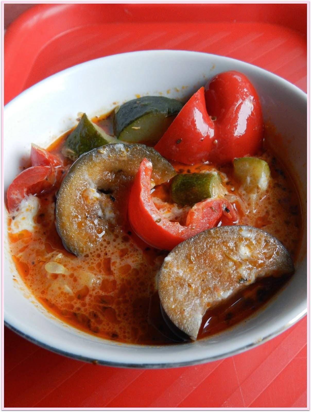 orientalna potrawka z cukinii