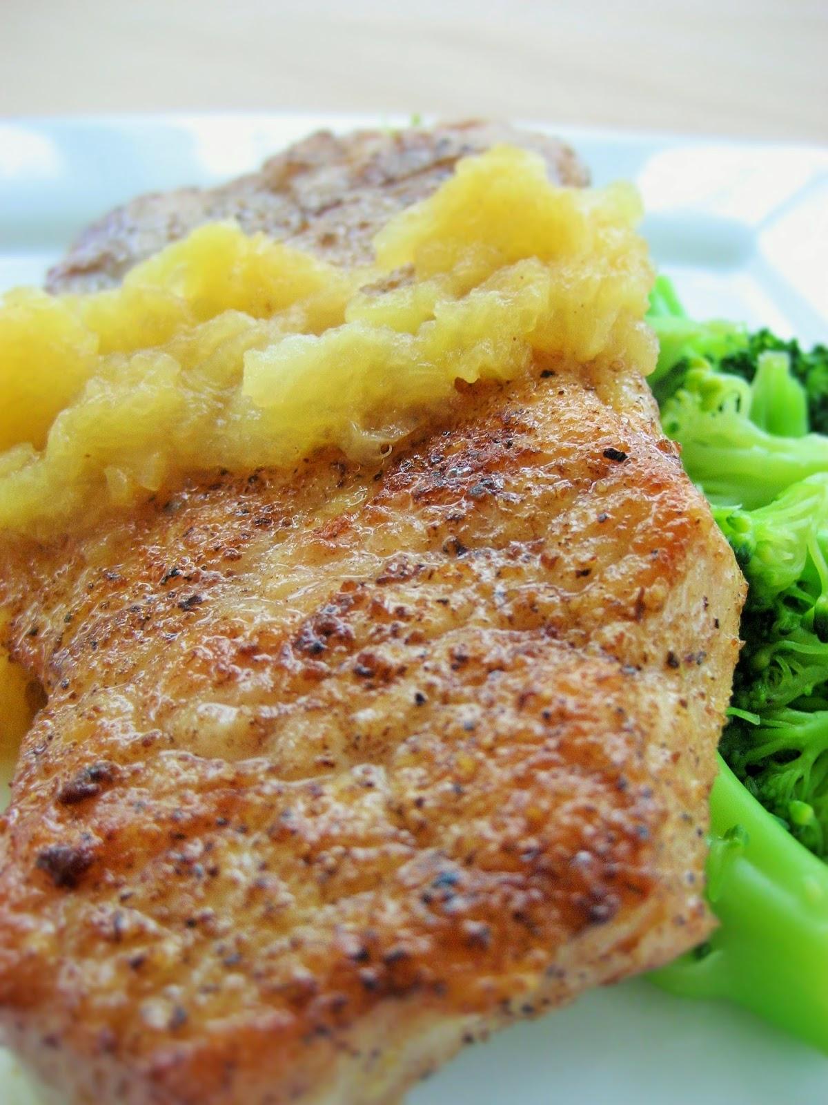 Pork-Chop-Applesauce