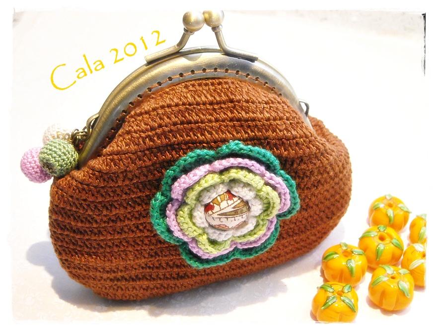 Caprichos de calabacina monedero de crochet for Monedero ganchillo boquilla ovalada