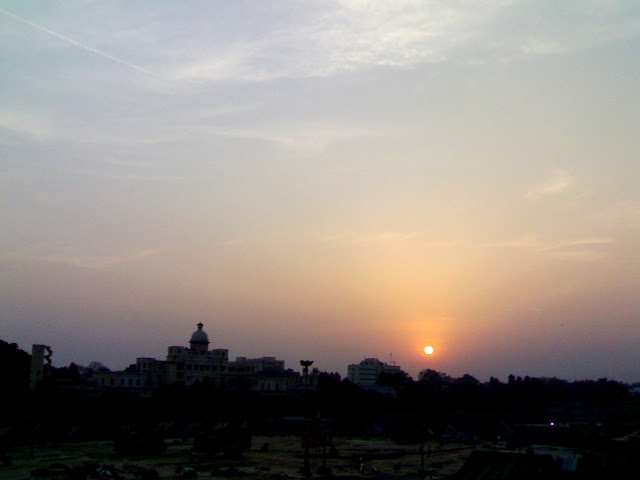 A view of Chhatar Manzil (CDRI) from the bank of river Gomti, Lucknow,India