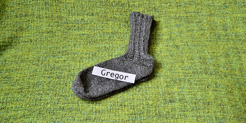 graue Männersocken Geschenk | freinaht.blogspot.com