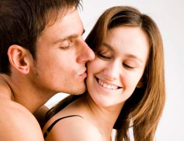 4 Teknik Melakukan Foreplay Sebelum Bersenggama atau Bercinta