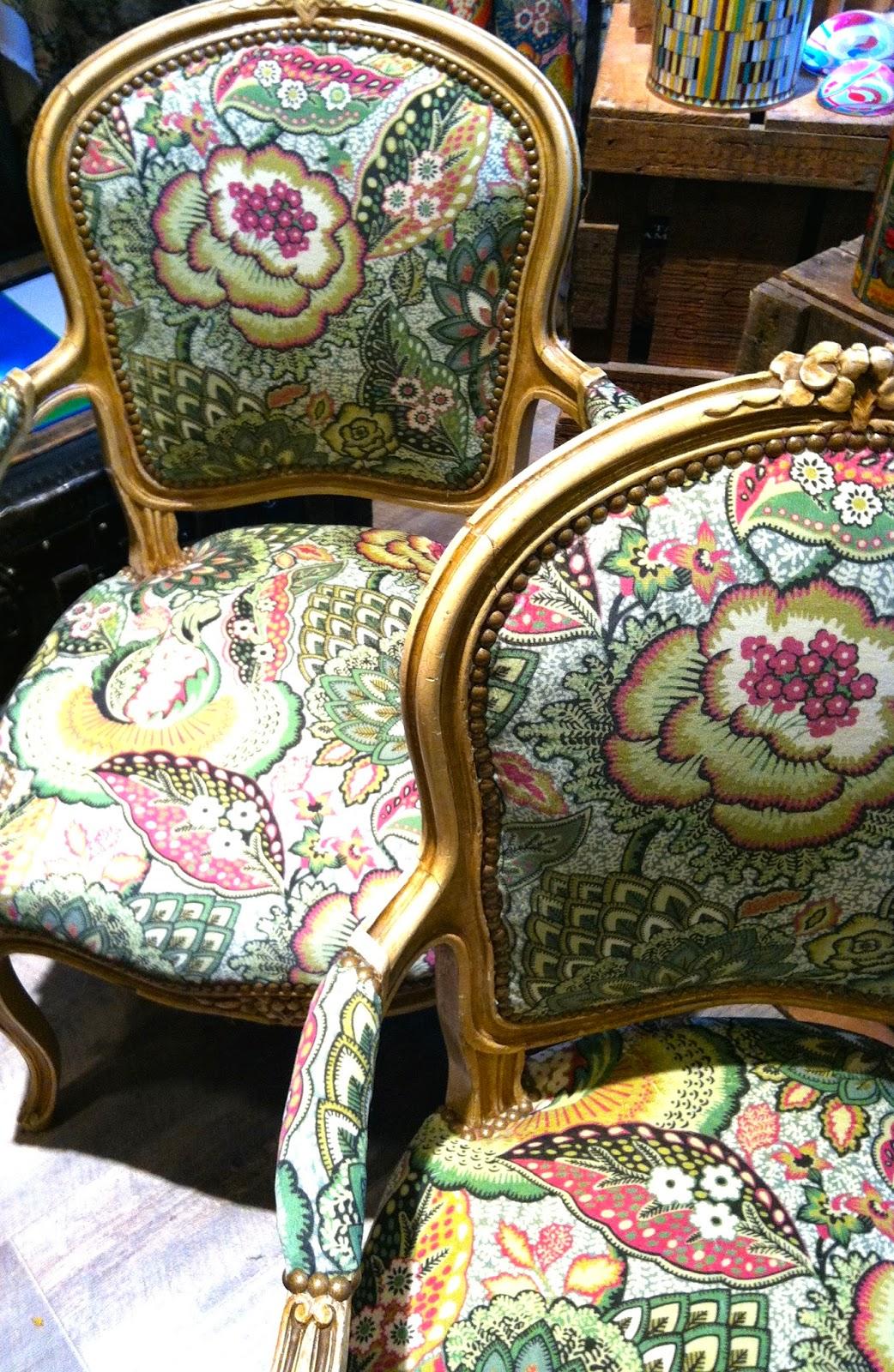 atelier anne lavit artisan tapissier d corateur 69007 lyon cabriolets style louis xv. Black Bedroom Furniture Sets. Home Design Ideas