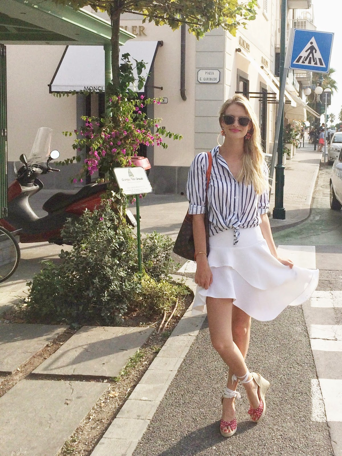 hm trend, h&m trend, h&m trend skirt, wedge heels, italy, italian street style, fashion blogger, striped shirt