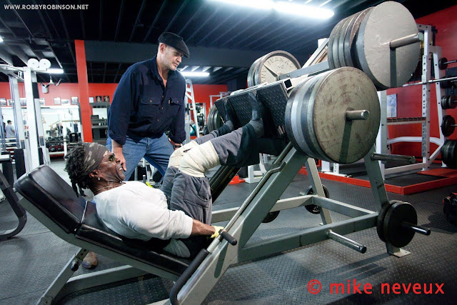 ROBBY ROBINSON AND DEAN MURRAY, FASCIA AND BODY MECHANICS EXPERT  WORKOUT - LEG PRESS- GOLD'S GYM, VENICE CA MIKE NEVEUX PHOTO SHOOT FOR IRON MAN MAGAZINE