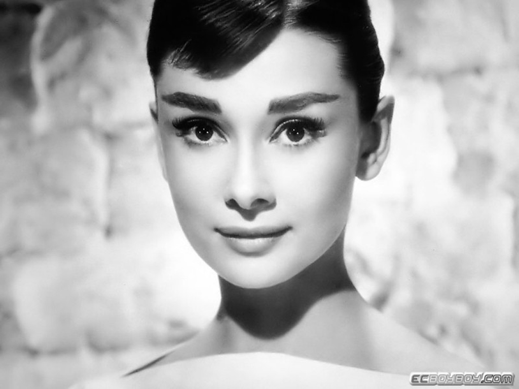 http://4.bp.blogspot.com/-9OaC8OuJp3o/T6sHY5TCfCI/AAAAAAAAAbQ/i0h_A6ykkgE/s1600/Audrey+Hepburn+3.jpg